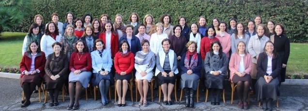 2018-11-27, Gottgeweihte Frauen, alle Delegierten 01.jpg